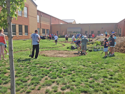 Riverview Elementary Courtyard