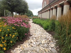 Landscaping at GE EPISCENTER in Dayton