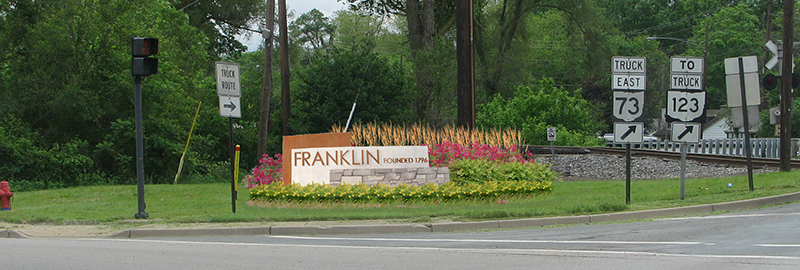 The Kleingers Group designed signage for the city of Franklin that can be used at multiple entrances to the city.