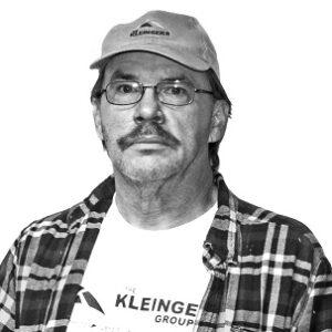 https://www.kleingers.com/wp-content/uploads/2021/08/Robbins-Jay.jpg